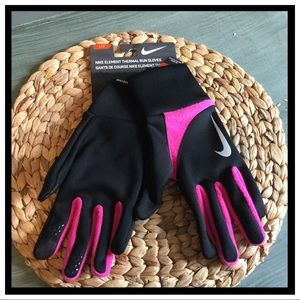 NWT Nike Element Thermal Running Gloves